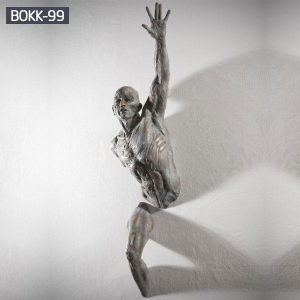 Bronze statue replica of matteo pugliese artists