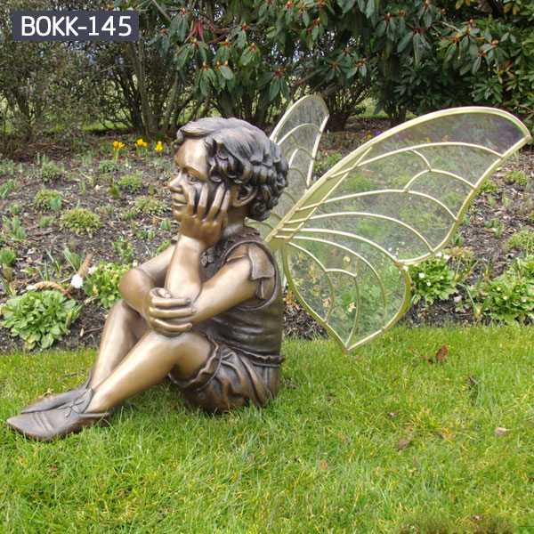 Outdoor bronze cherub statue with wings for lawn decoration
