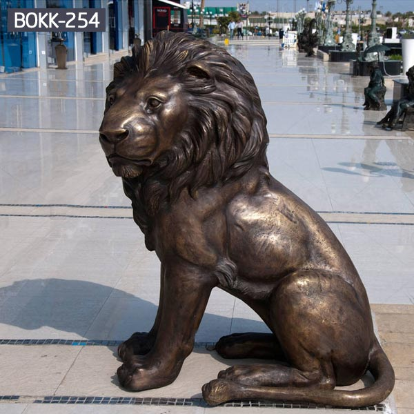Metal bronze wildlife animal statues garden of decorative sitting lions outdoor decor