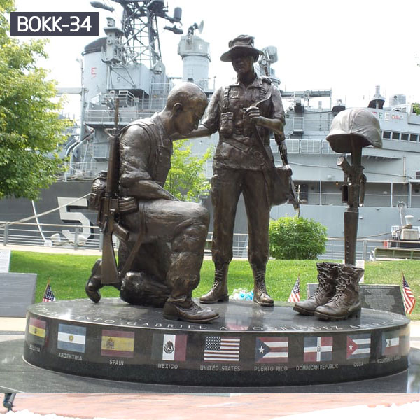 Soldier kneeling at cross bronze casting lawn statues memorials for sale