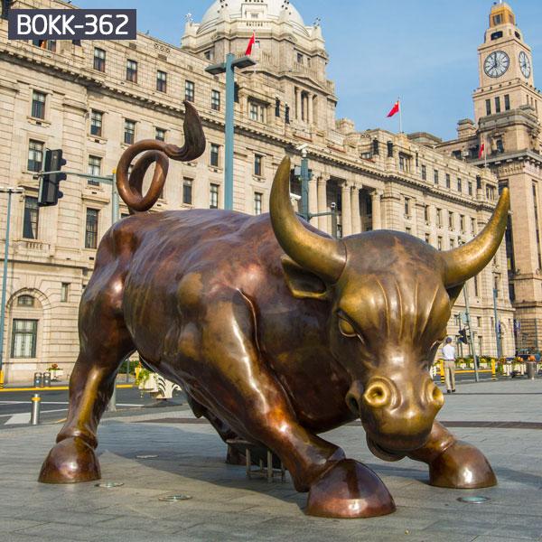 Golden wall street market bull statue metal brass costs