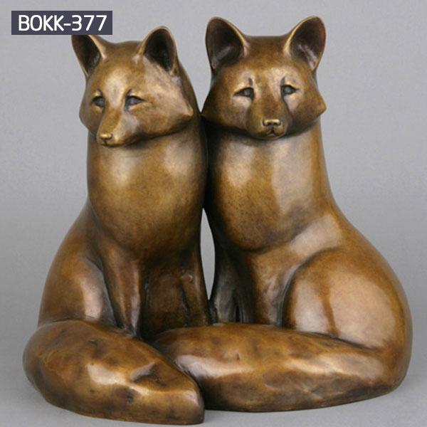 A pair of bronze cat garden statues to buy