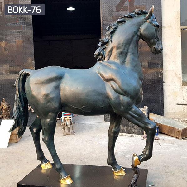 Life size antique standing horse with golden decor bronze statues outdoor garden designs
