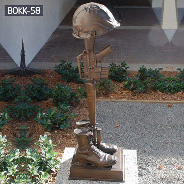 bronze boots rifles and helmet military cross statue for memorial for sale BOKK-58